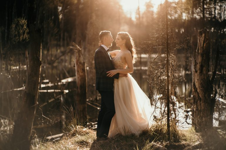 Angelika i Mateusz - Sesja ślubna kolorowe jeziorka bibiela